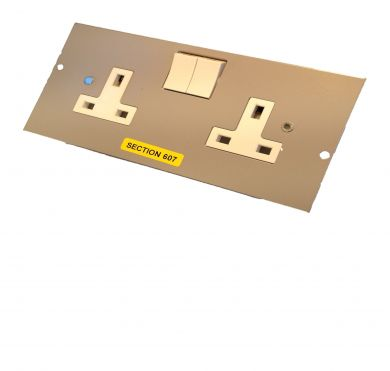 GB3SS2GB 3 compartment twin socket